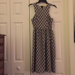 Everly Black and White Diamond Pattern Dress